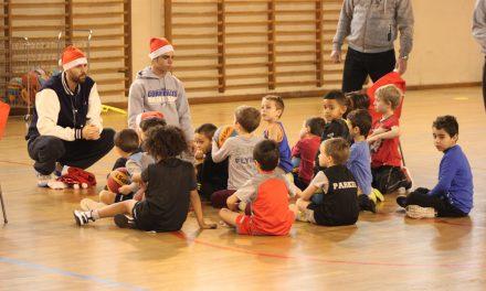 [Vidéo] L'école de Basket de Cormeilles célèbre son Noël